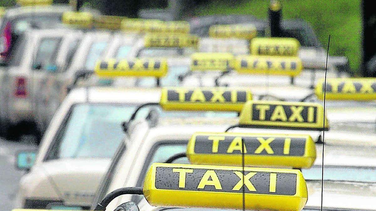 viele taxis fahren in richtung pleite stadt m nchen. Black Bedroom Furniture Sets. Home Design Ideas