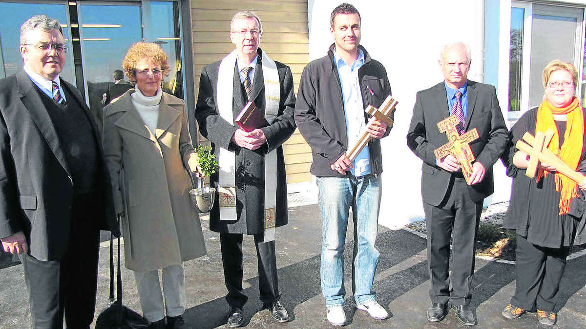 Franziskuskreuz als einweihungsgeschenk markt indersdorf for Traditionelles einweihungsgeschenk haus
