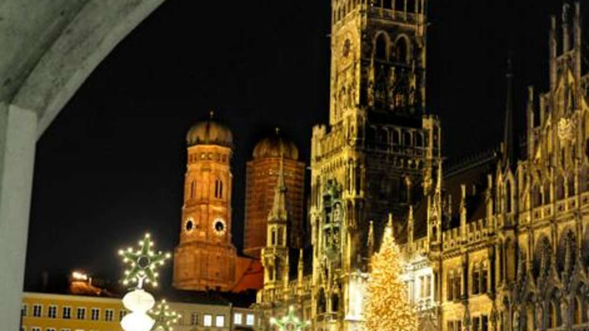 weihnachtsm rkte m nchen christkindlmarkt am marienplatz. Black Bedroom Furniture Sets. Home Design Ideas