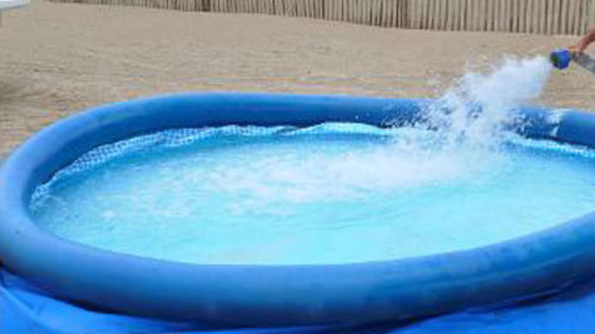 Die hei e jagd nach dem pool schlitzer bayern for Pool aus gummi
