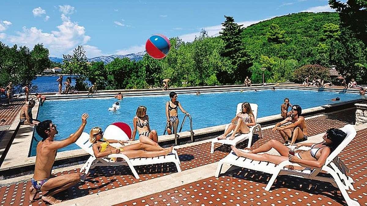 Angebote auf reisetipps f r kroatien reise for Swimmingpool angebote