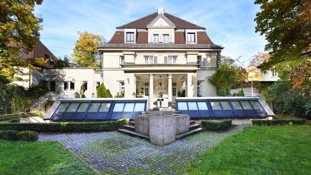 luxus immobilien in m nchen diese prachtbauten stehen zum verkauf wohnen. Black Bedroom Furniture Sets. Home Design Ideas