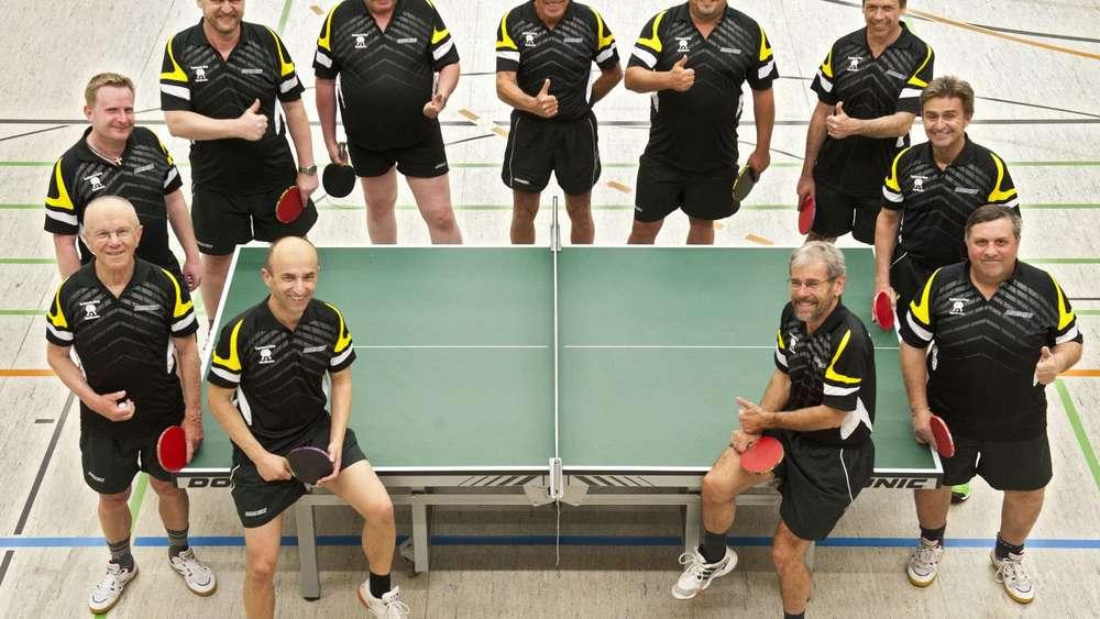 tischtennis herren team des post sv weilheim steigt in 1. Black Bedroom Furniture Sets. Home Design Ideas