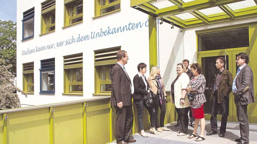 Theresen Grundschule Germering theresen grundschule außen und innen wie neu fürstenfeldbruck