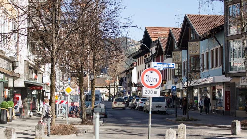 g8 gipfel 2015 polizei sammelt in garmisch partenkirchen. Black Bedroom Furniture Sets. Home Design Ideas