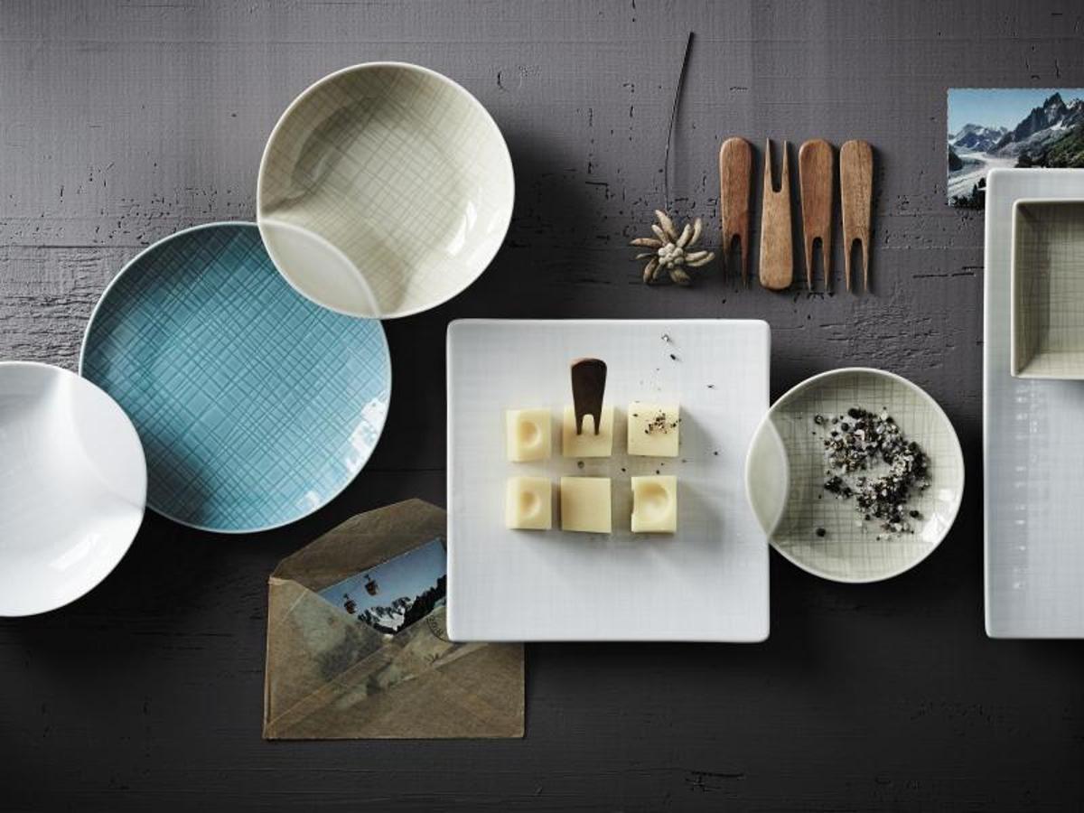 tischlein dekorier 39 dich eindecken mit buntem geschirr. Black Bedroom Furniture Sets. Home Design Ideas