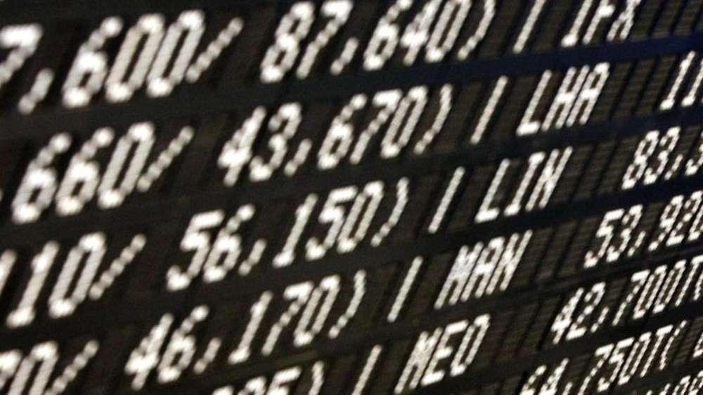 """[1] Berechnung der Kennzahlen der Musterportfolios abzüglich einer Gebühr von 1,19% aber ohne Abzug von Depotbankkosten. In der Spalte """"YTD (RR)"""" ist die Wertentwicklung seit Jahresbeginn inklusive des Zeitraums vor live Berechnung der jeweiligen Portfolios dargestellt."""