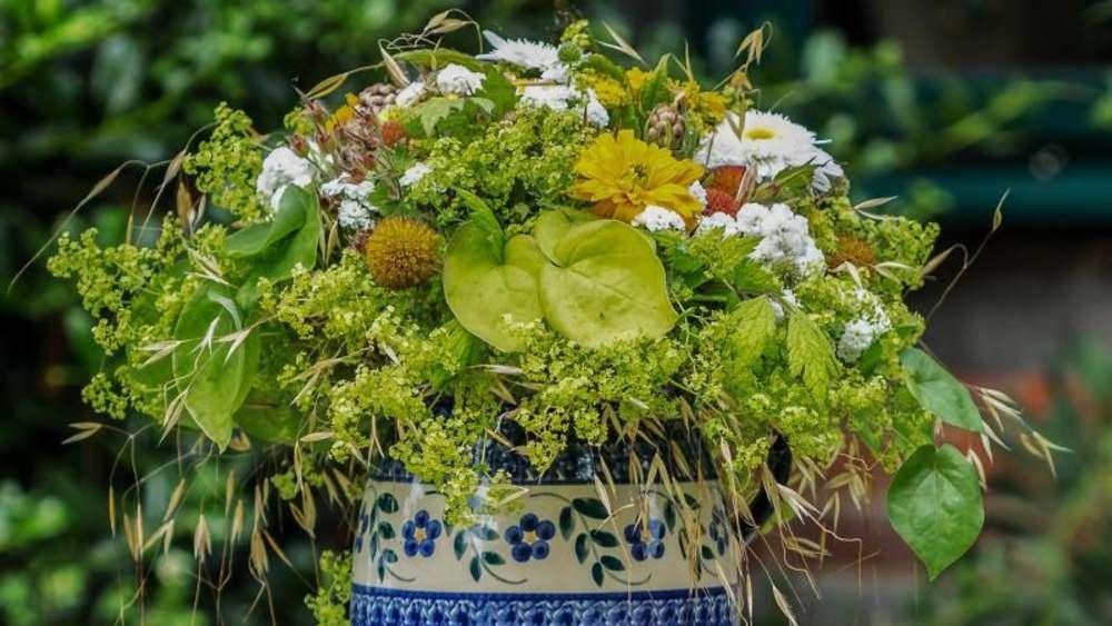 frisch aus dem garten: blumen für den frühlingsstrauß   wohnen, Garten und erstellen