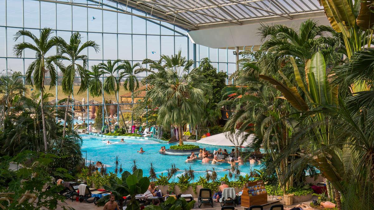 Therme Erding: Karibik dahoam mit Hotel, Galaxy Rutsche