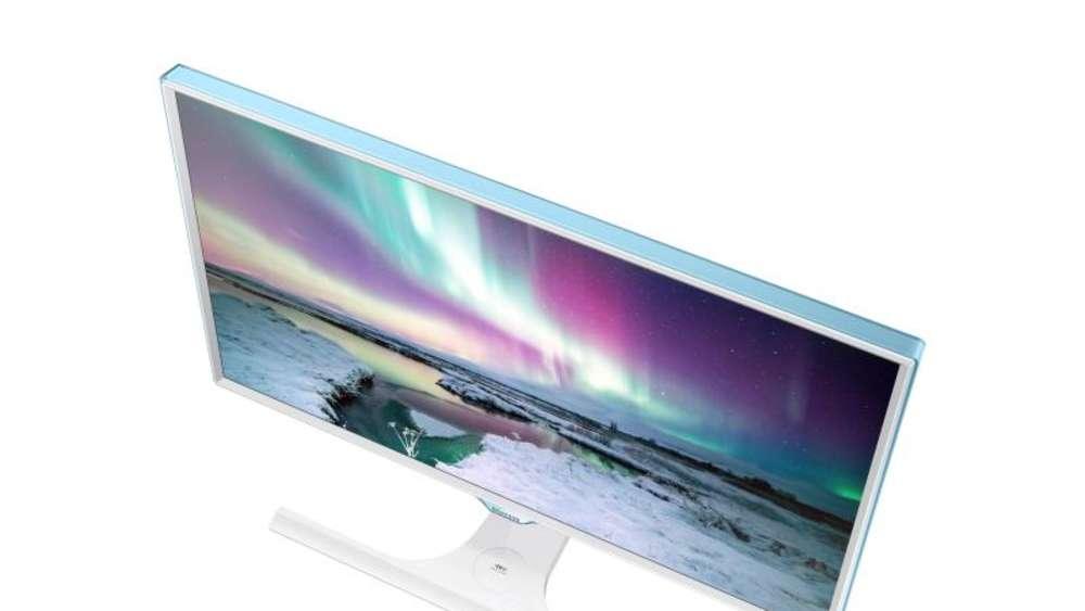 samsung zeigt monitor mit drahtloser qi ladestation multimedia. Black Bedroom Furniture Sets. Home Design Ideas