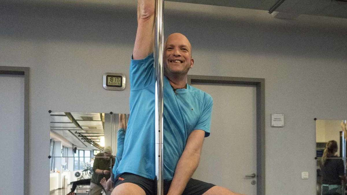 pole dance erding nylonerotik