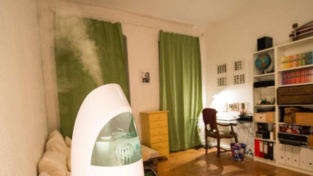 dampfbefeuchter und co ger te gegen trockene raumluft wohnen. Black Bedroom Furniture Sets. Home Design Ideas