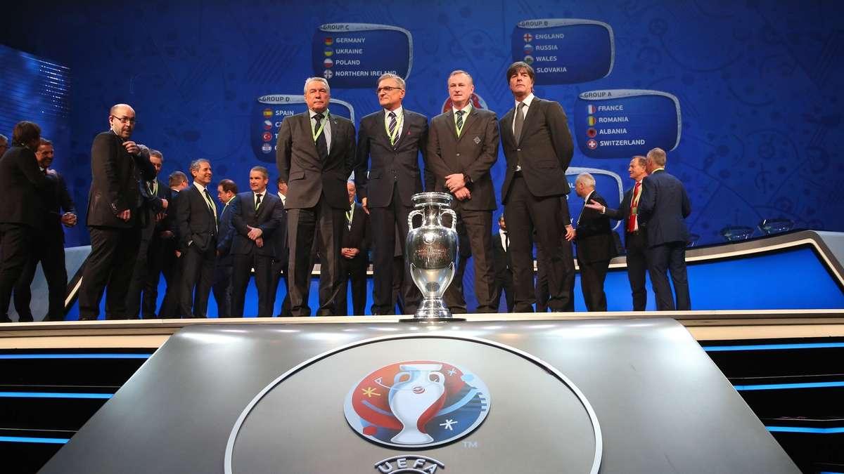 em gruppe deutschland fußball