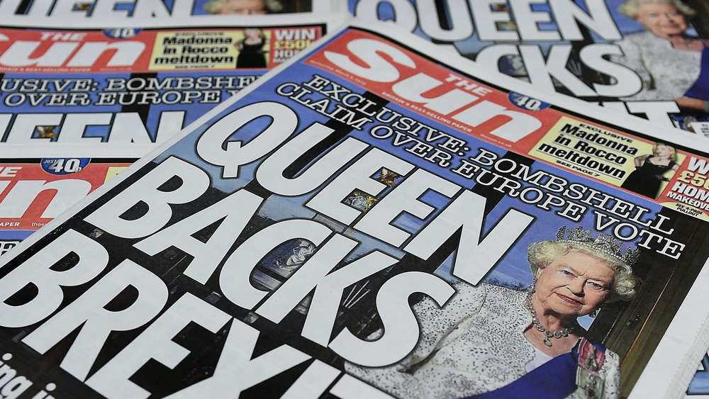 Sun Newspaper says Queen backs Brexit