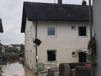 hochwasser drama in simbach trauer um die opfer bayern. Black Bedroom Furniture Sets. Home Design Ideas