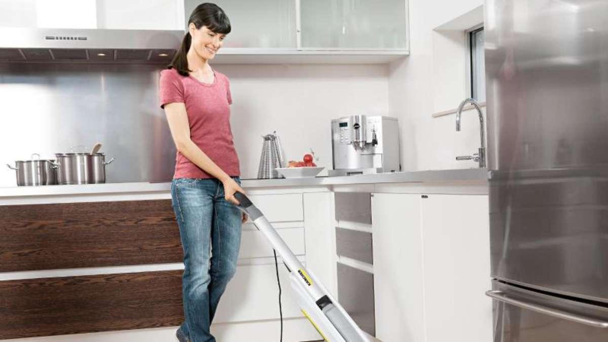 saugen und wischen staubsauger neuheiten auf der ifa wohnen. Black Bedroom Furniture Sets. Home Design Ideas