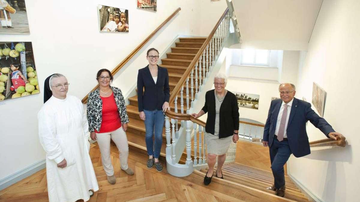 dank renoviertem treppenhaus hospiz ist heller und freundlicher weilheim. Black Bedroom Furniture Sets. Home Design Ideas