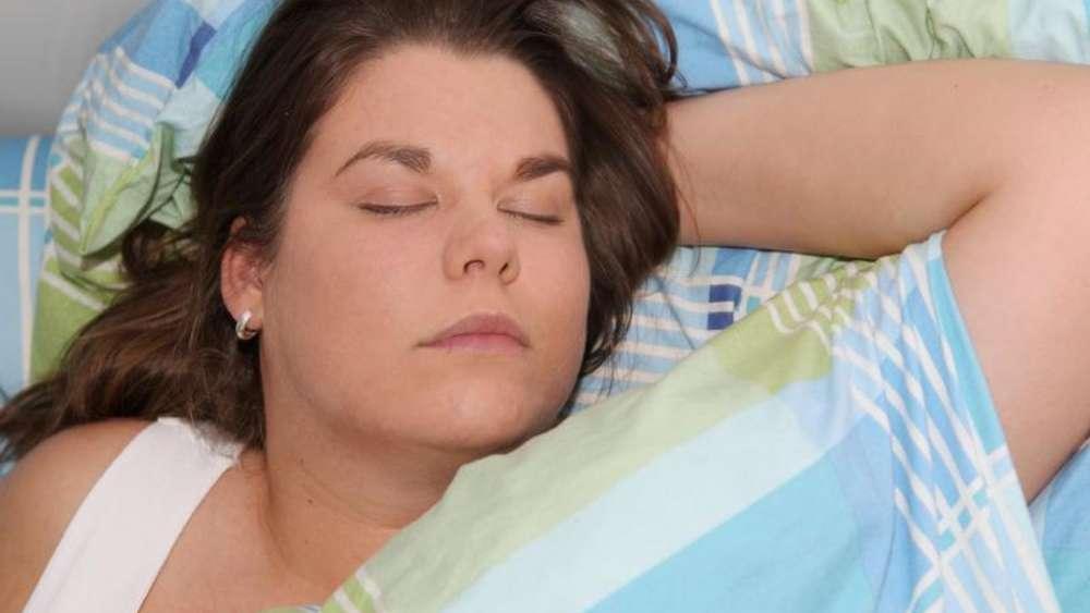 tipps f r einen erholsamen und gesunden schlaf gesundheit. Black Bedroom Furniture Sets. Home Design Ideas
