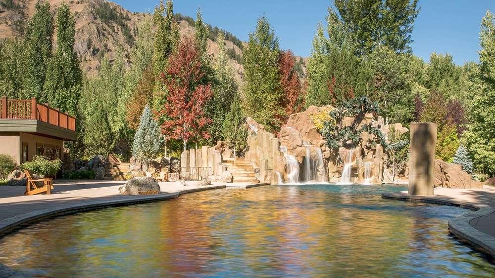 Bruce Willis Verkauft Seine Luxusvilla In Sun Valley Idaho Wohnen