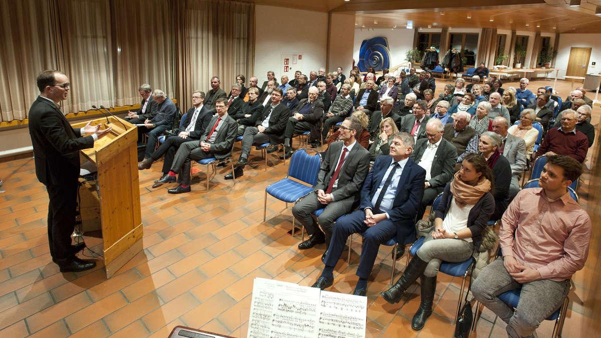 Roter Teppich für die Ehrenamtlichen bei Empfang der SPD