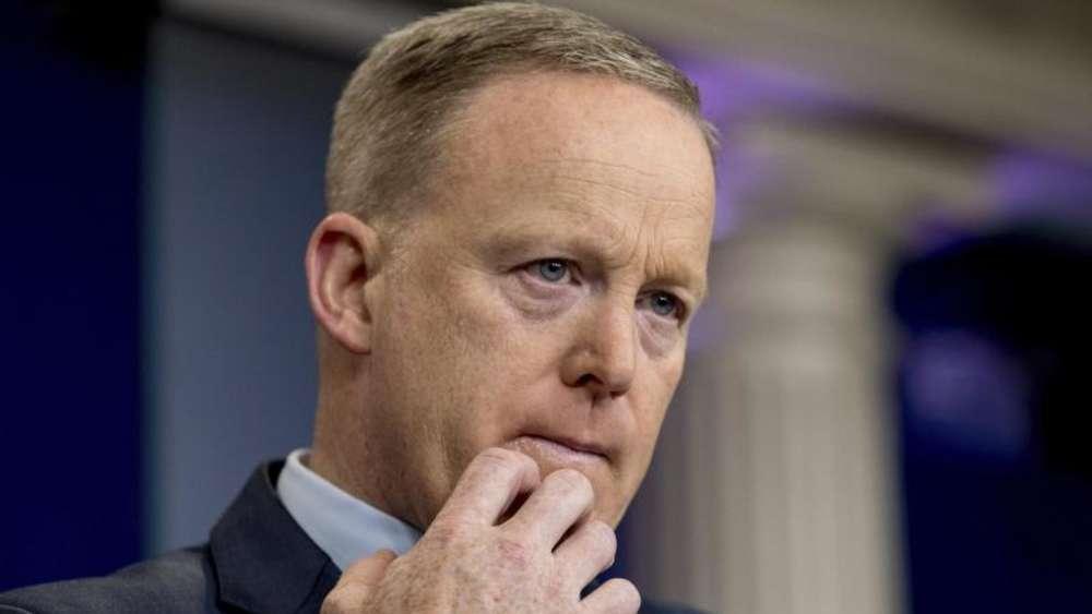 US-Republikaner fordert Sprecher Sean Spicer zum Rücktritt auf