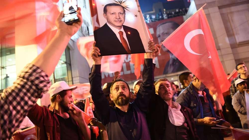 Wahlen: Türken in Deutschland: Starker Rückhalt für Erdogan