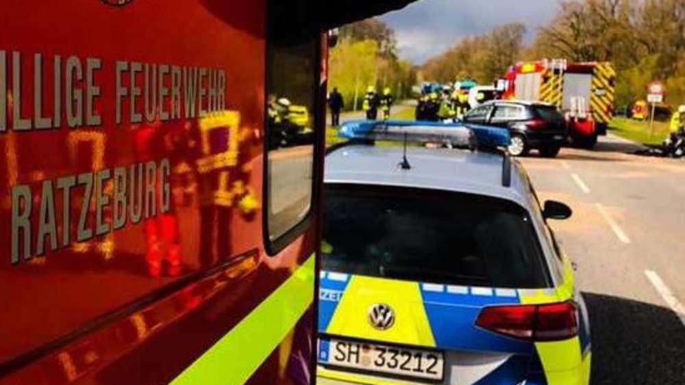 Feuerwehrmann entdeckt eigene Frau im Autowrack