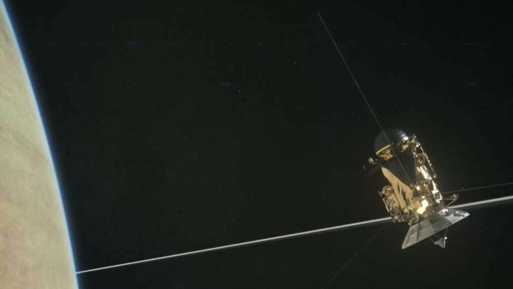 Nasa: Kaum Staub zwischen Saturn und seinen Ringen