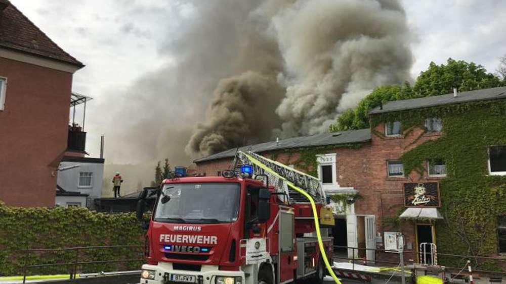 Brand in Bayreuther Diskothek löst Katastrophenalarm aus