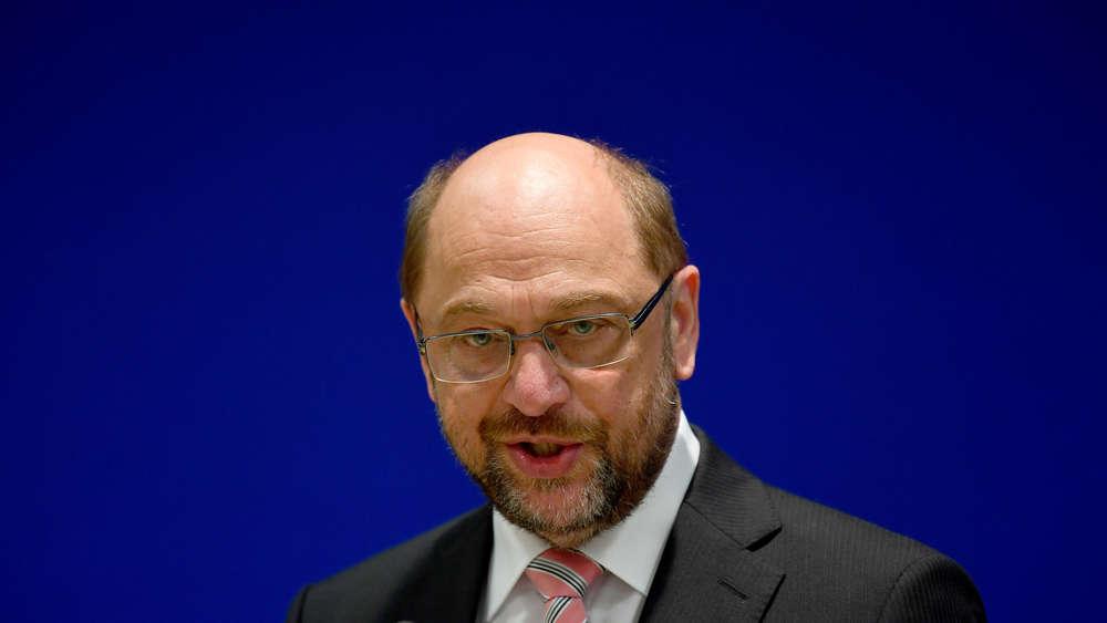 Berlin: Angela Merkel schenkt Donald Trump ordentlich ein - und die Welt applaudiert!