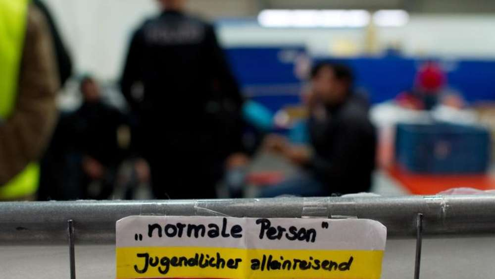Scheinvaterschaften als Geschäft - Betrug bei Asylverfahren