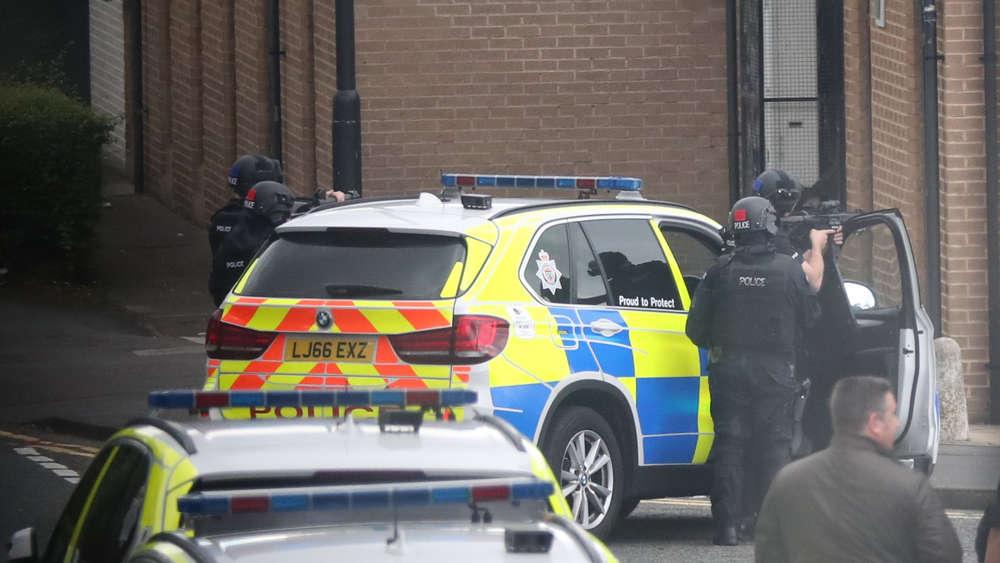 Bewaffneter Mann in Jobcenter in Newcastle eingedrungen