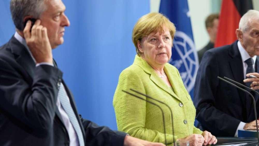 Merkel verspricht mehr Geld für Flüchtlinge class=