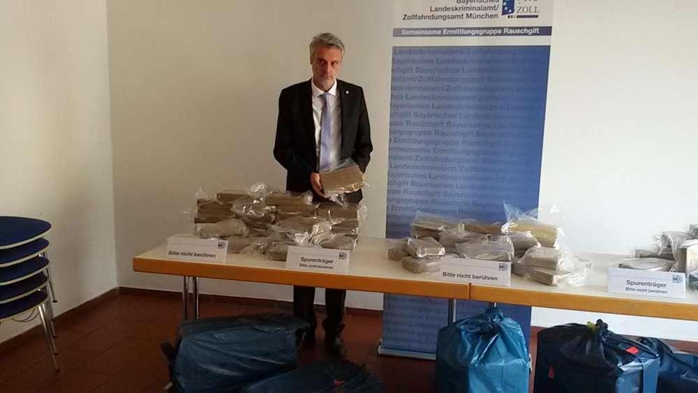 Kokain-Funde in bayerischen Supermärkten: Polizei durchsucht weitere Filialen