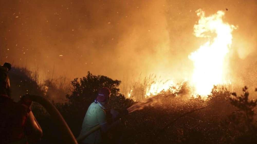 Tote bei Waldbränden in Spanien und Portugal