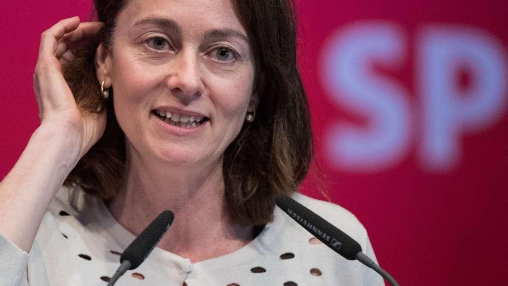 Familienministerin kritisiert Machtgefälle zwischen den Geschlechtern