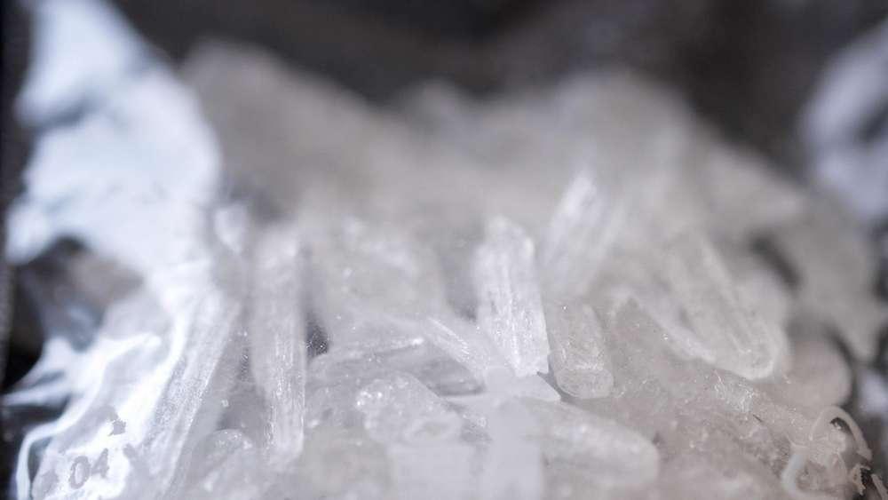 Mit Crystal in der Tasche zum Drogenprozess