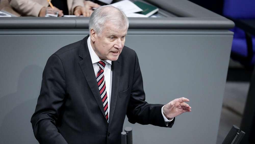 Flüchtlinge: Horst Seehofer will strenge Kriterien für Familiennachzug