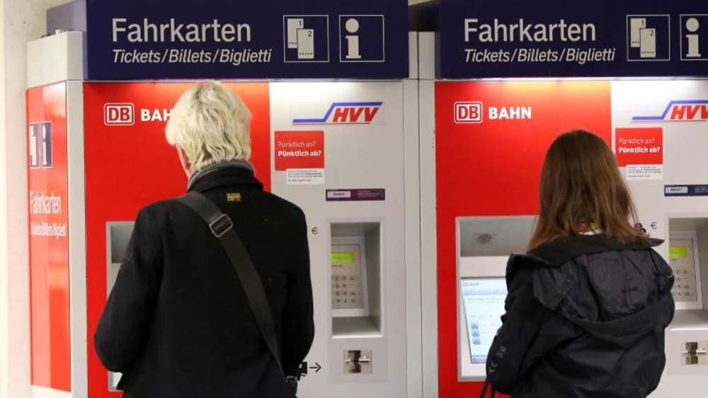 Bahn-Fahrkartenpreise könnten um 0,9 Prozent steigen - Wirtschaft