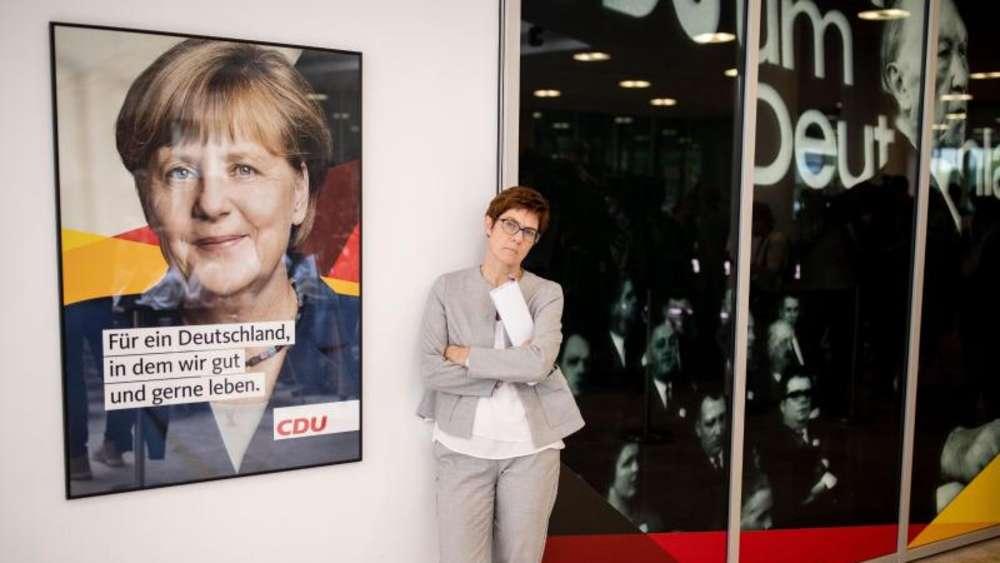AKK statt Merkel: Konservative in der Union fordern Kanzlerinnenwechsel
