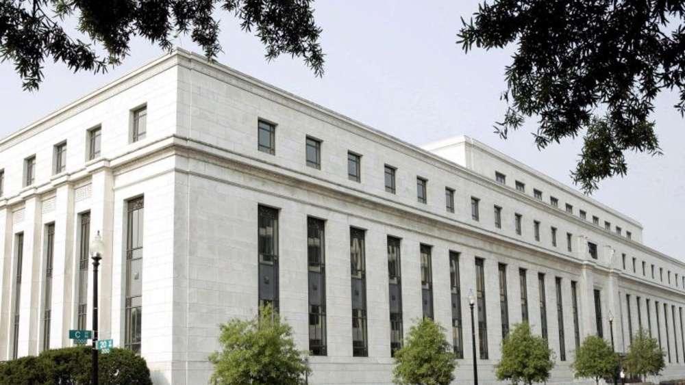 Druck auf Notenbankchef Powell: Trump fordert vor Notenbanktagung große Zinssenkung der Fed