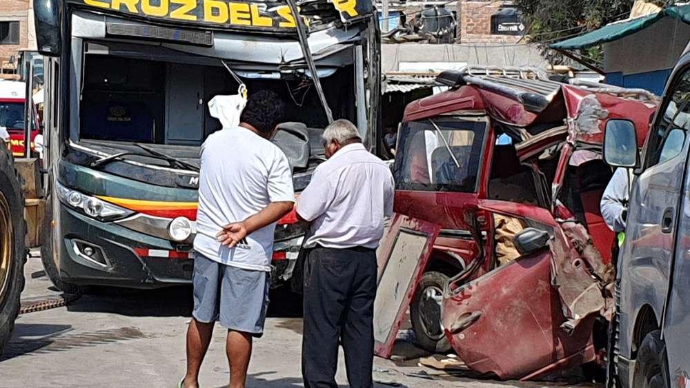 Unfälle: Zwei Deutsche bei Busunfall in Peru umgekommen