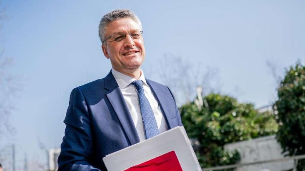 Lothar Wieler ist Präsident des Robert Koch Instituts und Fan des 1. FC Köln