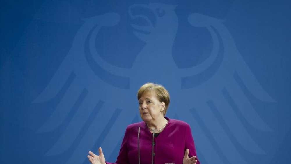 Corona-Lockerungen: Bundeskanzlerin Angela Merkel über die Kontaktsperre