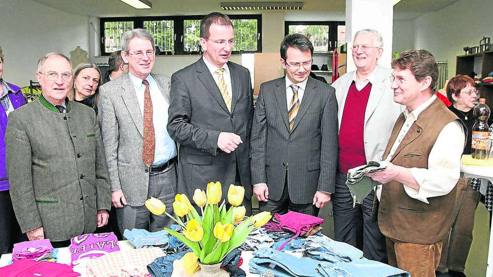 Kleiderkammer Gröbenzell kleiderkammer eröffnet fürstenfeldbruck