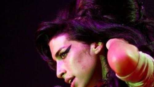 Amy Winehouse nach Ultimatum wieder in Suchtklinik