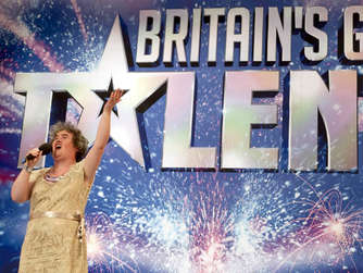 "<span class=""id_person""><span class=""id_person"">Susan Boyle bei Britain's Got Talent</span></span>"