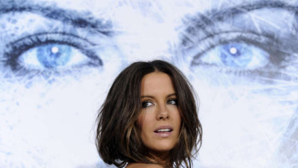 "Kate Beckinsale ""Sexiest Woman Alive"""