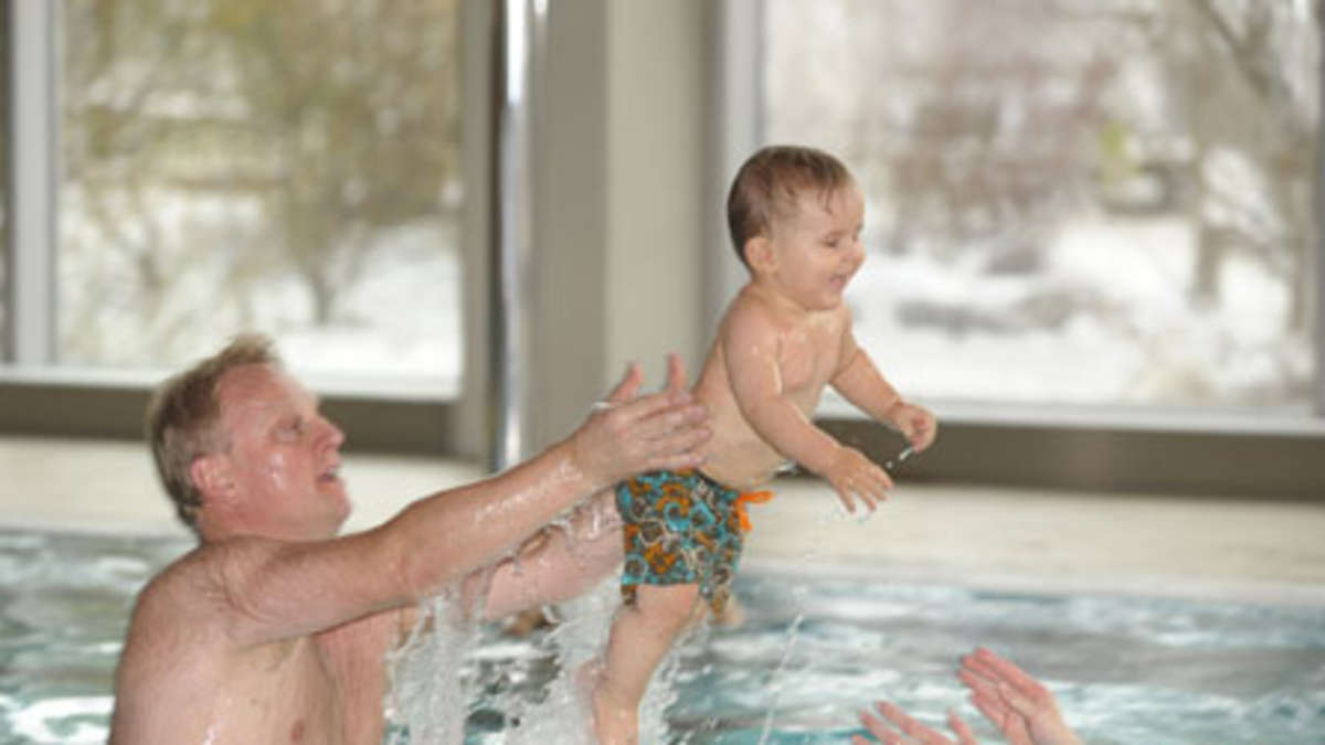 babyschwimmen in ebersberg ebersberg. Black Bedroom Furniture Sets. Home Design Ideas