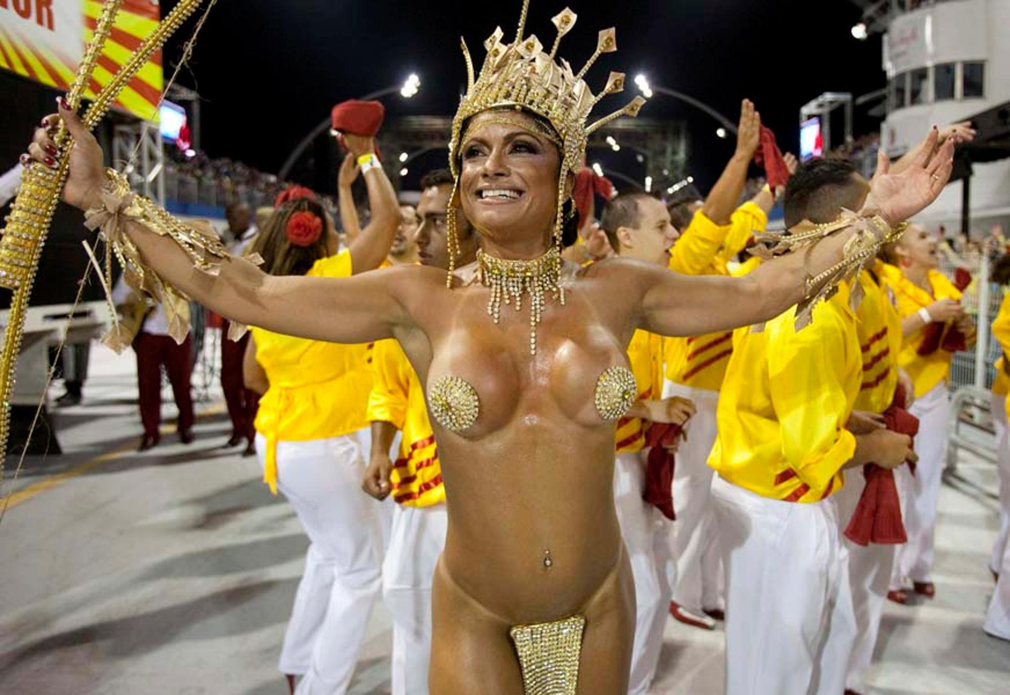 Смотреть видео телок без трусов на бразильских карнавалах — img 7